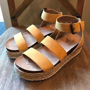 e66003da8979 Universal Thread Shoes - Universal Thread Agnes Platform Espadrille Sandal